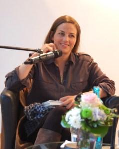 """Esther Maria Magnis liest aus ihrem Buch """"Gott braucht dich nicht"""" im Haus am Dom in Frankfurt"""