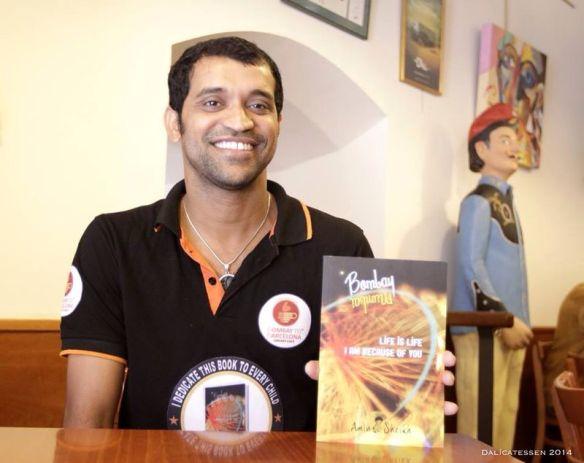 Amin Sheikh bei der Vorstellung seiner Autobiografie