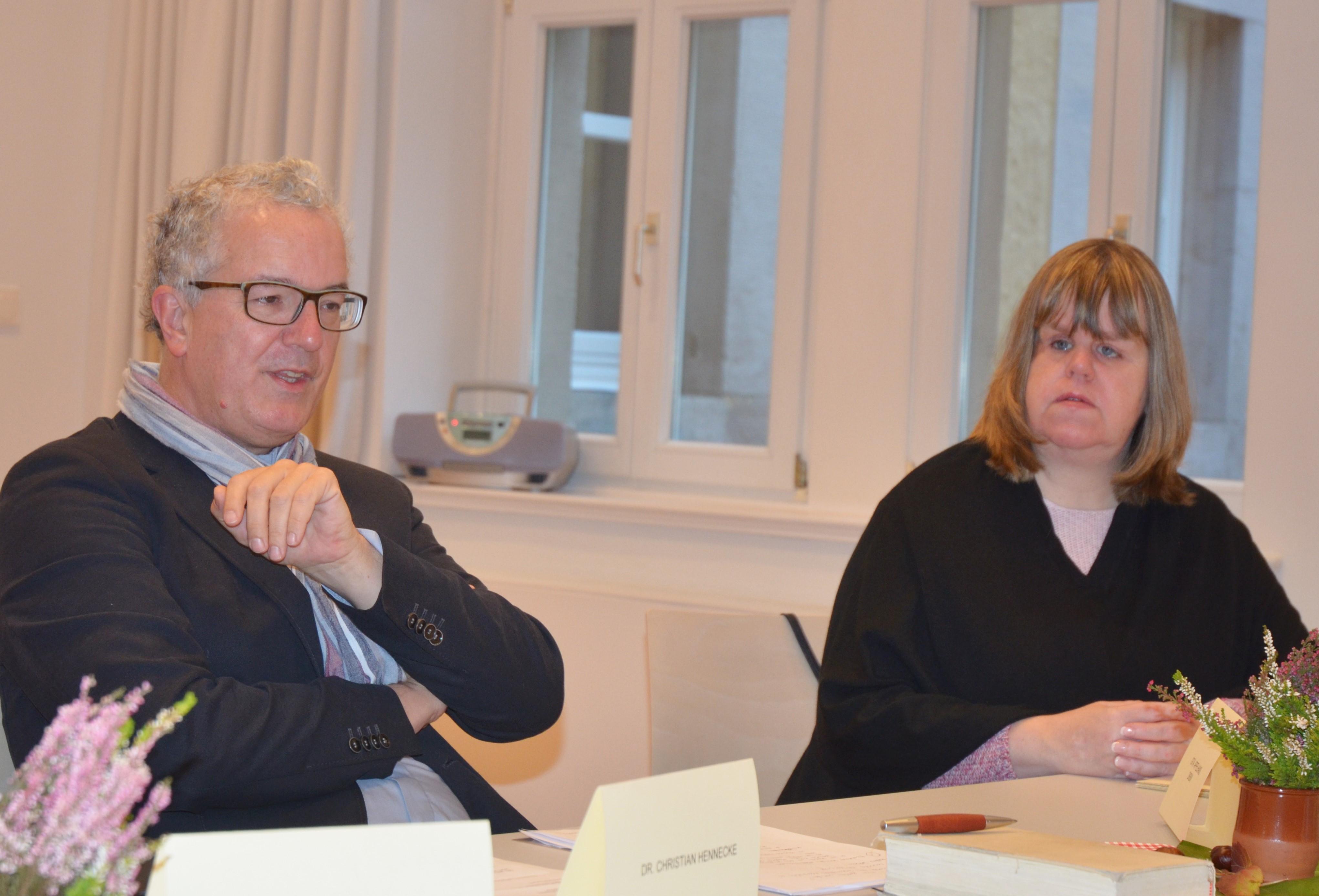 Dr. Christian Hennecke, Leiter Hauptabteilung Pastoral im Bistum Hildesheim und Margrita Appelhans, Mitglied im Vorstand des Deutschen Katholischen Blindenwerks