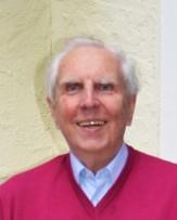 dr-hubert-roos-auf-der-terrasse-seines-hauses-in-frankfurt-10
