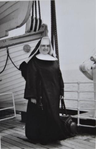 Schwester Agnes ist unterwegs im Namen des Herrn